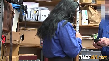 teenager gets caught shoplifting after impersonating.
