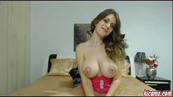 uber-sexy nubile doll pummels herself on.