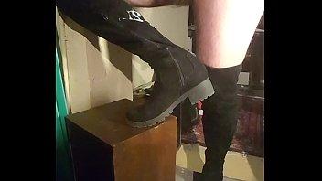 cummed suede footwear