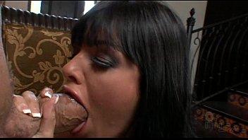 sadie west idolizes chris charming039_s phat sexy mushroom-headed bone