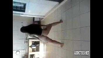 hotgirlsxnet - mi amiga bailando desnuda.