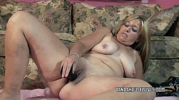 mature mega-bitch liisa is banging her chubby cooter.