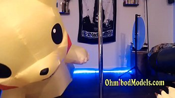 fantastic pikachu pole dancing