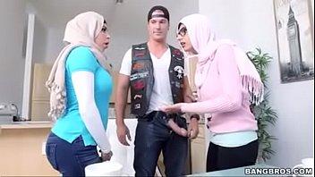 julianna vega and mia khalifa - more at xgadiscom