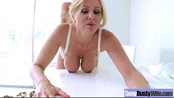 scorching bigtits wifey julia ann get to rail.