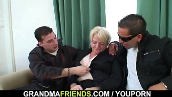 boozed-blond-grannie-three way