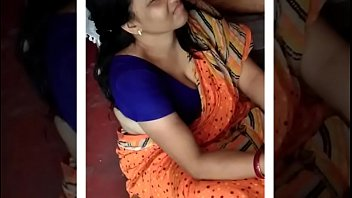 dasi steaming aunty