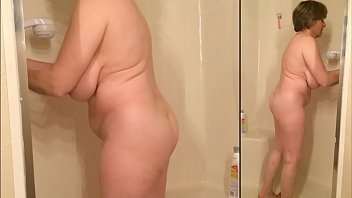 gorgeous nude grannie cleans the bathroom.