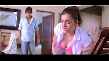 kajal agarwal milky brassiere-stuffers display slow-motility