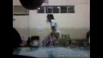 iyot sa canteen ng school -.