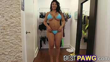 camster delight selena adams showcases off her thick.