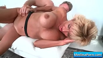 crazy mature wifey loves to pummel youthful penis 08