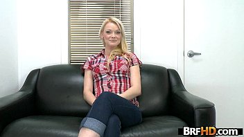 Brand new amateur hot girl Zoey Paige steps in to try porn 2.1