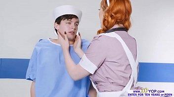 fabulous nurse lauren philips takes beefstick deep in.