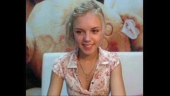supah-cute youthfull ash-blonde web cam unwrap