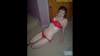 supah hot nubile poses in underwear frigs deep.