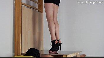 high heel rod ball crush stomping