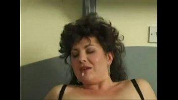 chunky brit cougar gets facial cumshot du sharika.