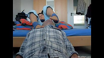 odorous gfs feet