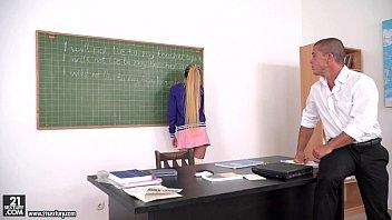 student penetrates her instructos - empera renato matt bird