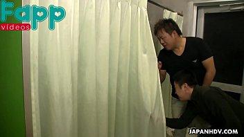 asiaacute_tica novinha sendo abusada no banho