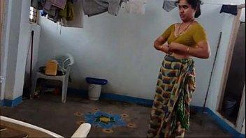 aunty sunita four free-for-all indian hd porno flick.