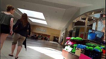 candid hidden cam jailbait nubile light-haired mall shopping.