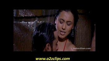 rani mukherjee smooch stills supah-humping-hot