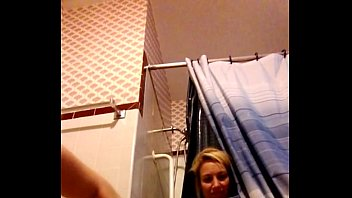 shannon dubois paws one out on web cam.