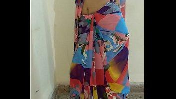 indian desi wifey liquidating sari and frigging vulva.
