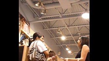 18yr senior upskirt teenie while shopping