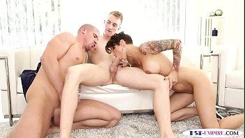 bi jock eats before butt-rip up in mmf trio