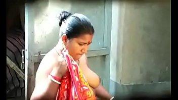 1 bangla aunt-in-law mona arif naughty on webcam.