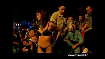 guardami -1999 - film eroticoavi