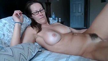unshaved cougar web cam
