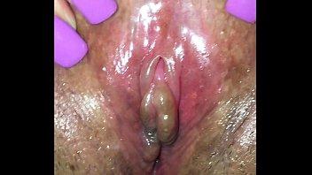 mi mujer con bean succionado exitada faux penis.