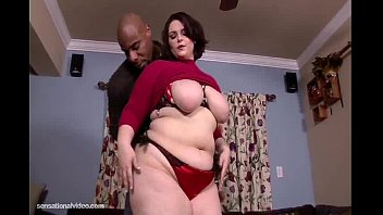 immense backside plumper melody monroe penetrates her very.