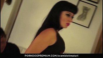 scambisti maturi ndash_ italian doll likes heavy double.