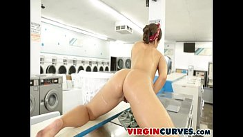 tomi takes it all - tomi taylor - virgincurves
