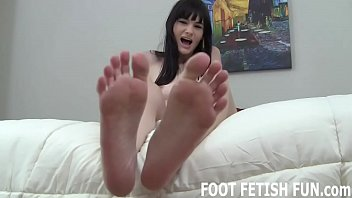my feet will make your humungous sausage so.