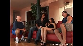 greek housewife wags for hubby