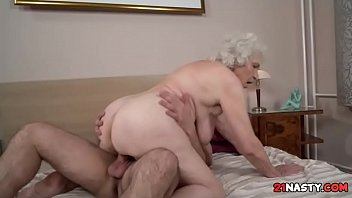goldilocks chesty granny norma banging