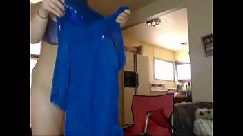 round milky damsel dirty dances on web cam.
