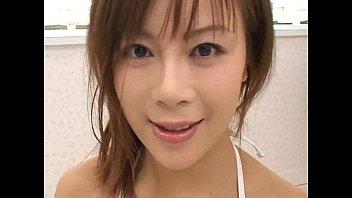 japanese gal drinking pee