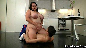 obese gal railing meaty trunk