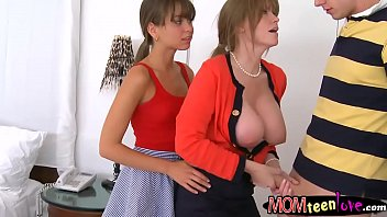 darla crane and riley reid supah-hot.