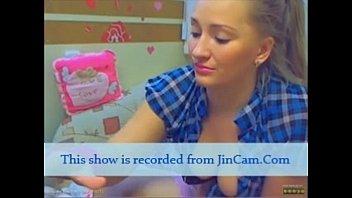 individual jerk cam gold showcase.