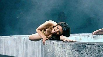 kajal aggarwal best - milky breasts bouncing jiggling.