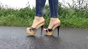 cams4freenet - unexperienced sweetie dressed in mules amp_.