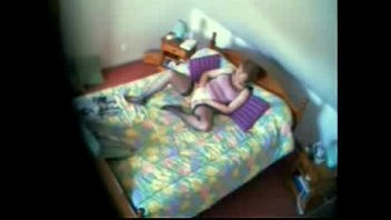 my mummy caught draining on couch covert web cam